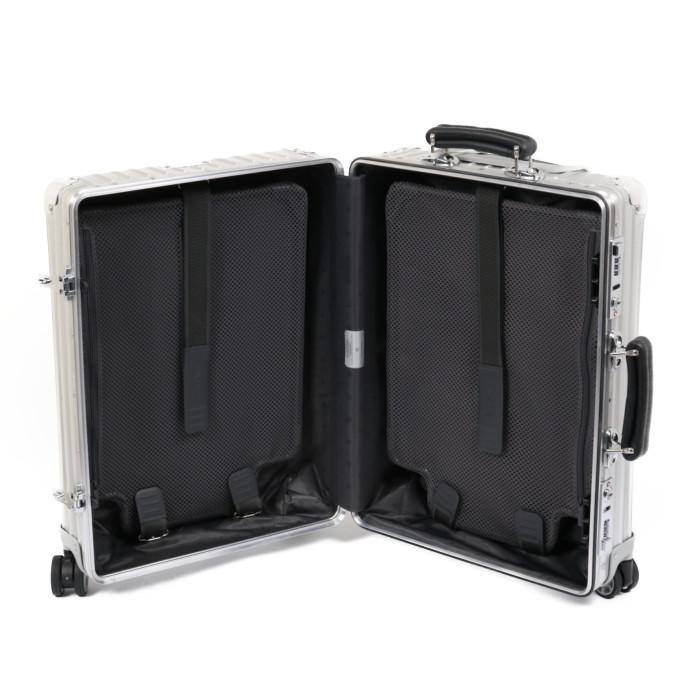 リモワ RIMOWA スーツケース CLASSIC CabinS 972.52.00.4 33L 4.2kg シルバー 1泊~3泊目安 TSAロック|クラシック キャビンS 機内持ち込みサイズ ドイツブランド 旅行 トラベル 旅 バカンス 休み 出張