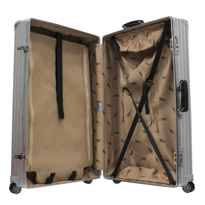 【お取り寄せ】リモワRIMOWAスーツケースクラシックフライト971.77.00.477L6.3kgシルバー7泊~10泊目安TSAロック4輪機内持ち込み不可【Silver】