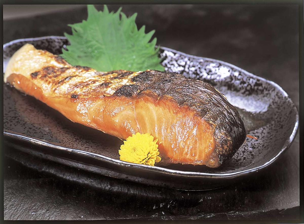 【送料無料】申込番号315* 時鮭半身切身1㎏<430155>【お中元】【御中元】【夏ギフト】