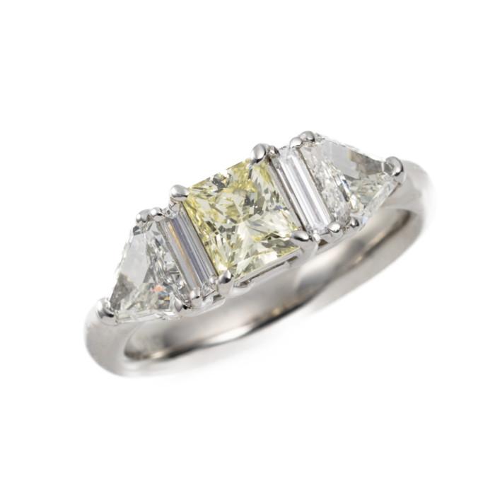 【送料無料!】Pt ダイヤモンド リング ダイヤモンド 1.010ct/0.63ct LY SI1