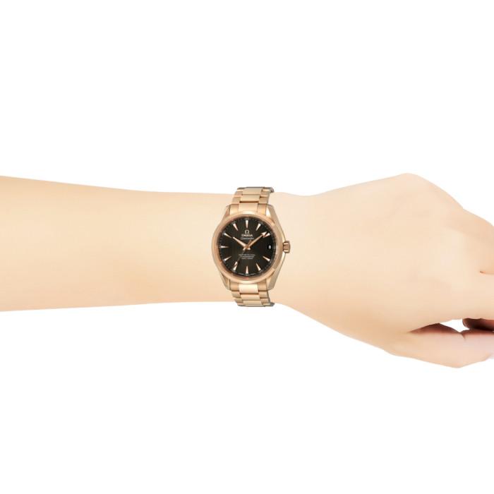 【送料無料!】オメガ 紳士 時計 231.50.39.21.06.003  グレー GR 【OMEGA】